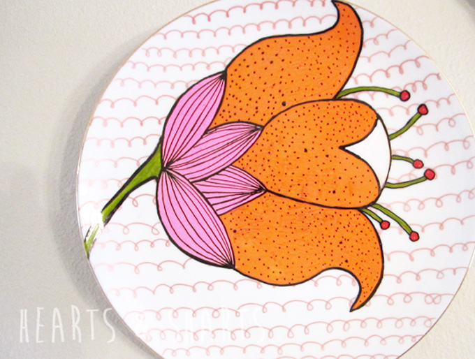 Cheap and Easy DIY Wall Art:  Vintage China Revival