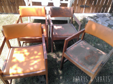 Kitchen Chairs: Trash to Fash