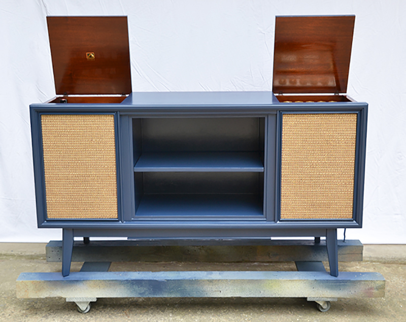 Vintage Media Console Update || Hearts & Sharts