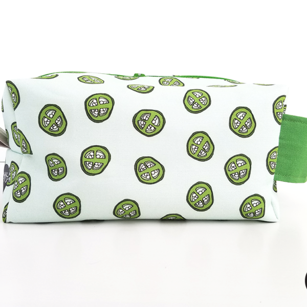 Jalapeno-Business-Travel-Toiletry-Bag-Pouch-HeartsAndSharts copy